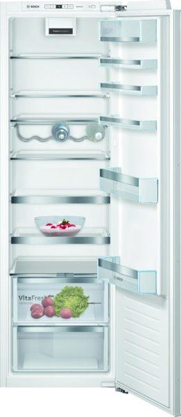 Le réfrigérateur avec VitaFresh plus et TouchControl : conserve vos fruits et légumes frais jusqu'à deux fois plus longtemps - refroidit très efficacement. KIR81AFE0